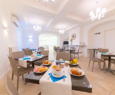 Frühstücksbüffet   Villa Fortuna Holiday Resort